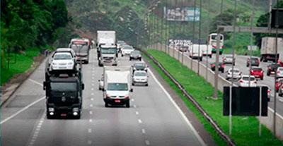 Tráfego de veículos em estradas federais