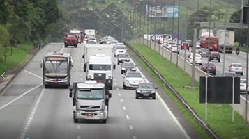 Tráfego em rodovia